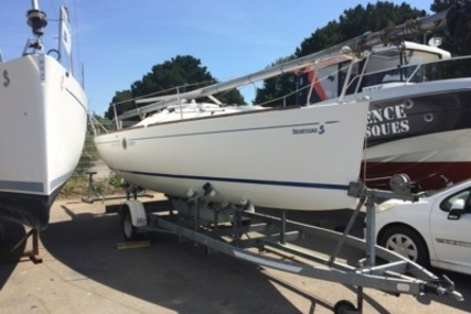 Beneteau First 210 Spirit for sale in France for €12,000 (£10,755)