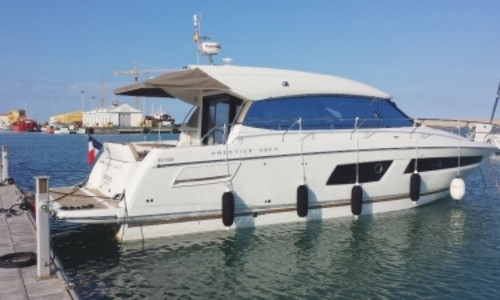 Image of Prestige 450 S for sale in France for €299,000 (£263,237) CANET EN ROUSSILLON, France