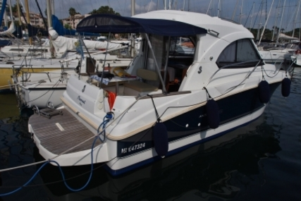 Beneteau Antares Serie 8 for sale in France for €59,500 (£53,113)