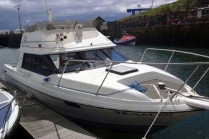 Bayliner 2556 Command Bridge for sale in United Kingdom for £14,995