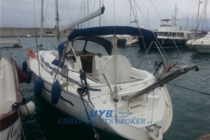 Bavaria 36 for sale in Italy for €58,000 (£51,781)