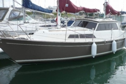 Beneteau Evasion 32 for sale in France for €24,000 (£21,509)