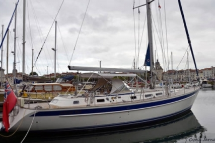 Hallberg-Rassy 46 for sale in France for £275,000