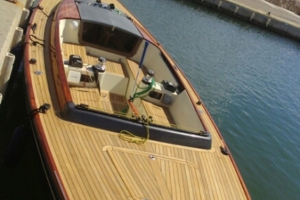 Latitude 46 for sale in France for €82,000 (£70,983)