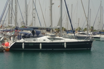 Jeanneau Sun Odyssey 42 DS for sale in Spain for €125,000 (£110,764)