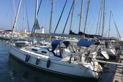 Dufour 34 for sale in France for €54,000 (£47,850)