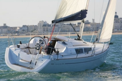 Jeanneau Sun Odyssey 30 I for sale in France for €58,000 (£51,739)