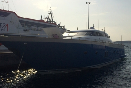 Tecnomar 26 Madras for sale in Greece for €1,000,000 (£896,218)