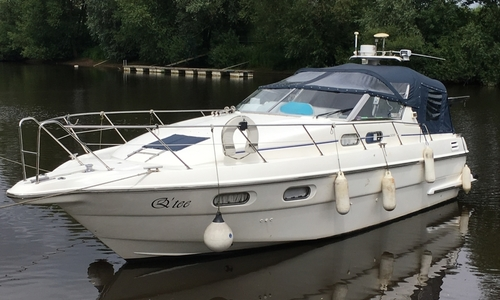Image of Sealine 328 for sale in United Kingdom for £49,950 Acaster Malbis, North Yorkshire, North E, United Kingdom