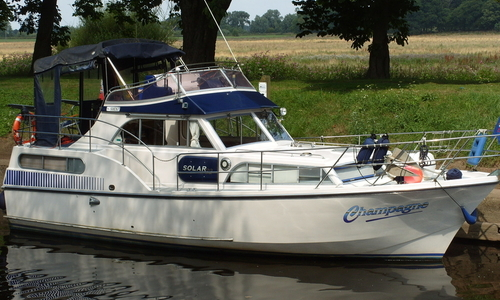 Image of CARR AND WEST SOLAR 32 for sale in United Kingdom for £29,500 Acaster Malbis, United Kingdom