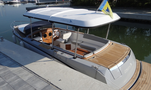 Image of Alfastreet NEW 23 Cabin Prestige Line ELECTRIC with TEAK Interior for sale in Germany for €64,440 (£56,428) werder, Germany