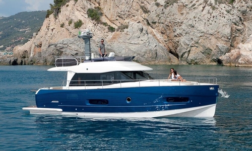 Image of Azimut Yachts Magellano 43 for sale in Italy for €490,000 (£439,987) Liguria, Ameglia, Italy