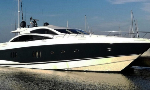 Image of Sunseeker Predator 82 for sale in Italy for €975,000 (£852,072) Marche, Fano, Italy