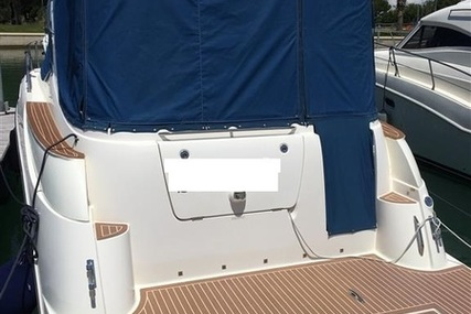 Bayliner 33.55 for sale in Italy for €80,000 (£71,422)