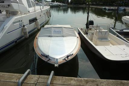 Sea Ray 190 for sale in Italy for €3,000 (£2,622)