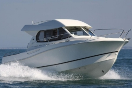 Jeanneau Merry Fisher 815 for sale in Ireland for €57,000 (£50,293)