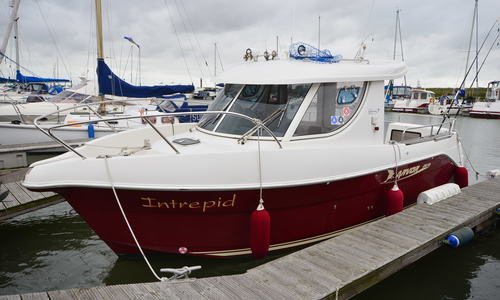Image of Arvor 250AS for sale in United Kingdom for £37,500 Boats.co. HQ, Essex Marina, United Kingdom