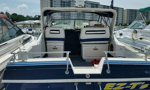 Image of Wellcraft 3200 St. Tropez for sale in United States of America for $13,000 (£9,269) Quincy, Massachusetts, United States of America