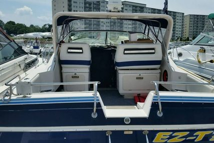 Wellcraft 3200 St. Tropez for sale in United States of America for $13,000 (£9,757)
