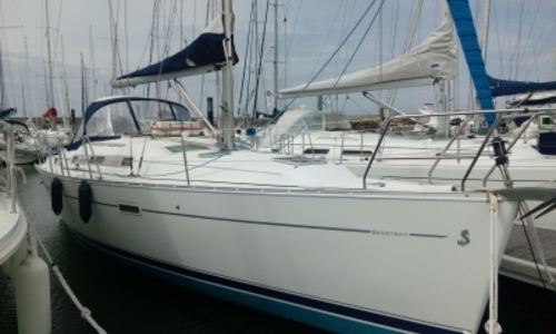 Image of Beneteau Oceanis 343 for sale in France for €60,000 (£53,569) QUIBERON, France