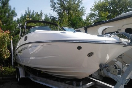 Sea Ray 280 Sundeck for sale in United States of America for $91,500 (£65,336)