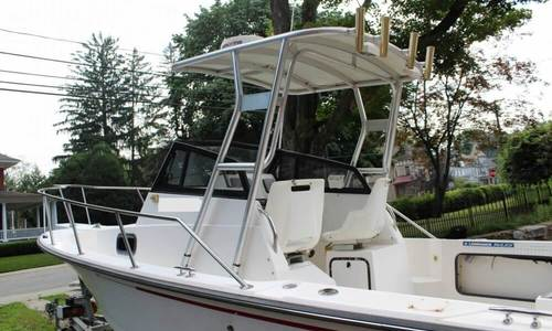 Image of Boston Whaler 21 Outrage for sale in United States of America for $23,900 (£17,098) Willimantic, Connecticut, United States of America
