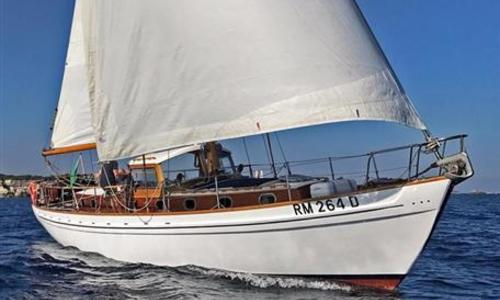 Image of Laurent Giles Donella Class Motor Sailor for sale in Italy for €149,000 (£131,562) Italy