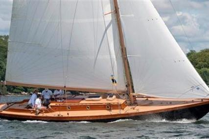 Herreshoff Fishers Island 31 for sale in United States of America for $495,000 (£376,031)