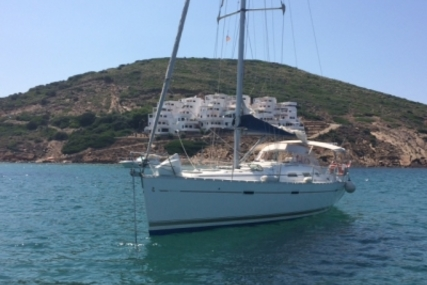 Beneteau Oceanis 393 for sale in France for €75,000 (£66,689)