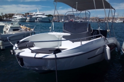 Beneteau Flyer 5.5 Spacedeck for sale in France for €30,000 (£26,278)