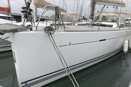 Dufour 485 Grand Large 3 cabin for sale in France for €198,000 (£176,573)
