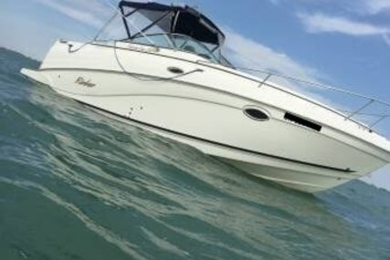 Rinker Fiesta Vee 250 for sale in United States of America for $47,250 (£33,925)