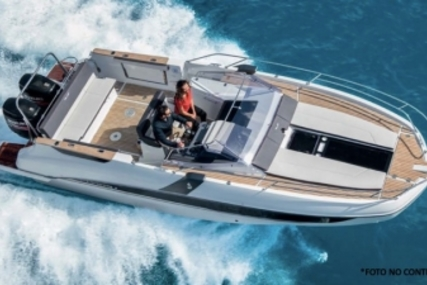 Beneteau Flyer 8.8 Sundeck for sale in Spain for €85,000 (£75,572)
