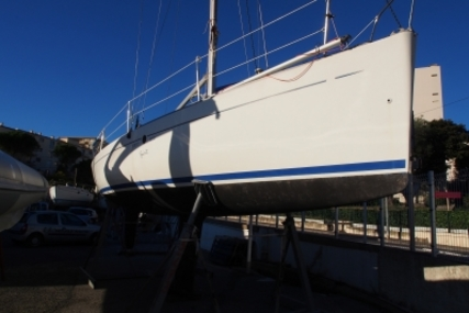 Beneteau First 300 Spirit for sale in France for €29,000 (£25,890)