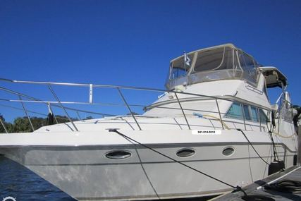 Cruisers Yachts 3950 Esprit Aft Cabin for sale in United States of America for $72,000 (£54,475)
