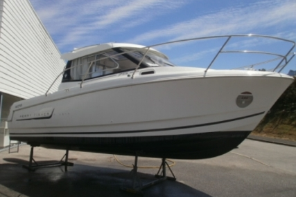 Jeanneau Merry Fisher 755 Marlin for sale in France for €39,000 (£34,790)