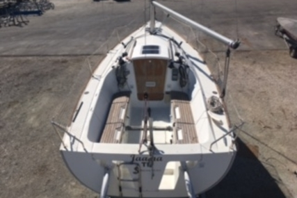 Beneteau First 25.7 for sale in France for €33,000 (£29,093)