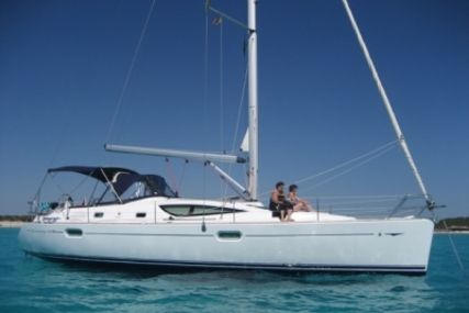 Jeanneau Sun Odyssey 42 DS for sale in Spain for €122,000 (£107,573)