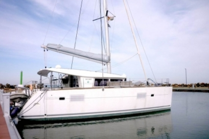 Lagoon 400 for sale in Spain for €275,000 (£245,312)