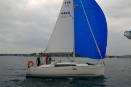 Beneteau Oceanis 31 for sale in France for €59,000 (£52,265)