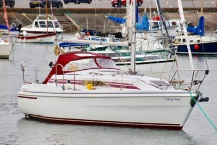 Hunter 32 CHANNEL for sale in United Kingdom for £28,000