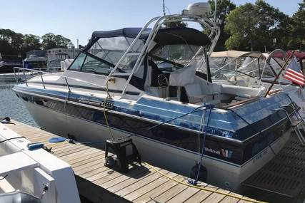 Wellcraft 3100 Express Cruiser for sale in United States of America for $10,500 (£7,522)