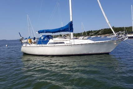 C & C Yachts 35MKIII for sale in United States of America for $40,000 (£28,638)