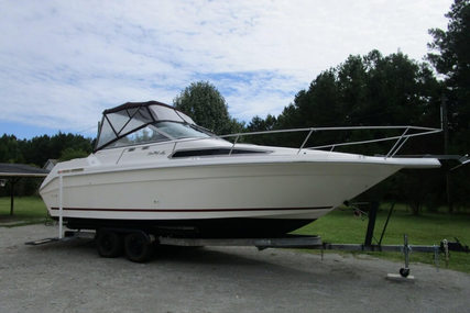 Sea Ray 270 Sundancer for sale in United States of America for $13,300 (£9,521)