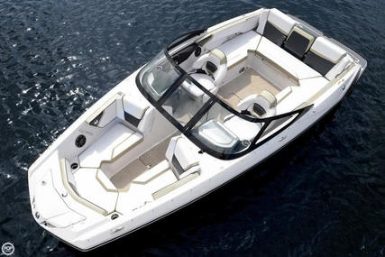 Scarab 215 for sale in United States of America for $30,000 (£21,762)