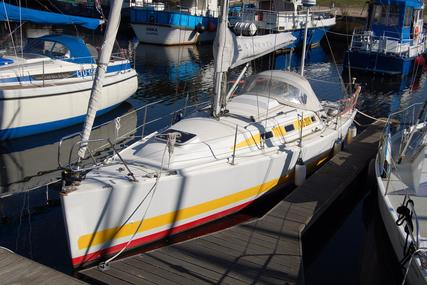 Morrison Fast Cruiser 30 for sale in Lithuania for €16,900 (£15,073)