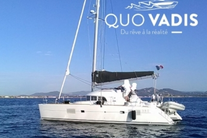 Lagoon 380 for sale in France for €297,000 (£261,425)