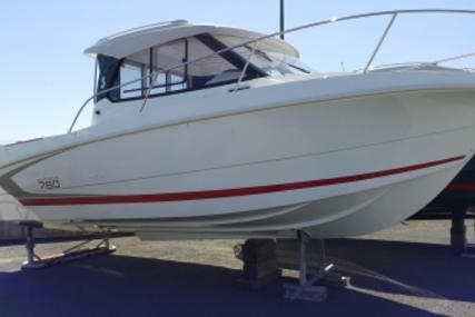 Beneteau Antares 7.80 for sale in France for €41,900 (£37,377)