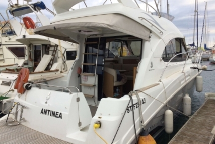 Beneteau Antares 30 for sale in France for €150,000 (£132,876)