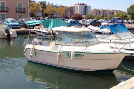 Ocqueteau 540 for sale in France for €8,000 (£7,083)